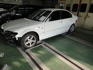 BMW3シリーズ 左リアフェンダー板金他